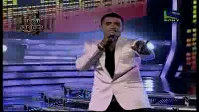 Jay Sean makes an explosive impact on stage- X Factor India - Episode 28 - 19th Aug 2011