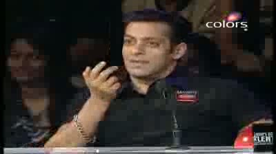India's Got Talent Season 3 - (27-August-2011) Pranali's belly dancing fails to impress