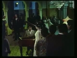 Bhari duniya mein aakhir dil ko- From the movie- 'Do Badan'