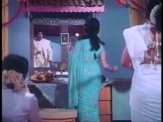 Kehna hai Kehna hai- From the movie- 'Padosan'