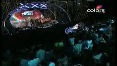 India's Got Talent Season 3 - (23-September-2011) Suresh & Vernon troupe go ballistic