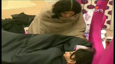 Bigg Boss 5 - (6-October-2011) 'I want to go home,' weeps Nihita