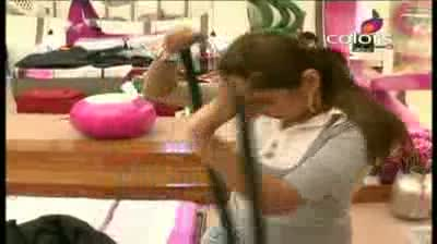 Bigg Boss 5 -- (7-October-2011) Pooja Missra listens to Bigg Boss and stays