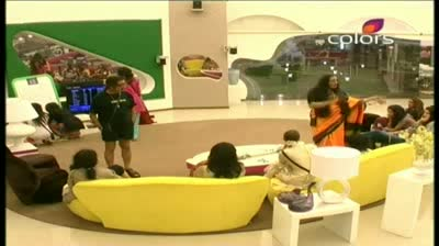 Bigg Boss 5 -- (7-October-2011) Pooja Missra versus The Home