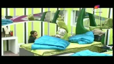 Bigg Boss 5 - Gulabo teaches Missra Rajasthani dance (11-October-2011)