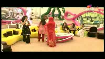 Bigg Boss 5 - Laxmi weeps and refuses to wear to denim pants (11-October-2011)
