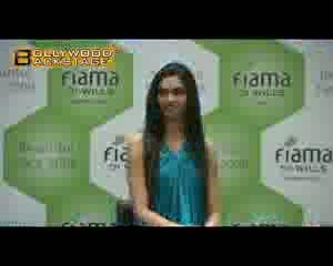 Rockstar 'star' Nargis Fakhri in Race 2