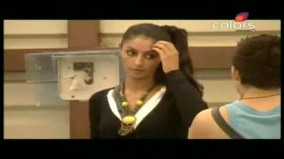 Bigg Boss 5 - Missra and Mahek patch up (17-October-2011)