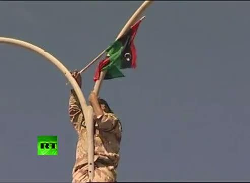 Gaddafi 'killed, died of wounds' - Video of Sirte celebrations