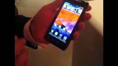 Motorola Razr hands on video demo