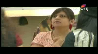 Bigg Boss 5 - Shonali captaincy divides the House (27-October-2011)