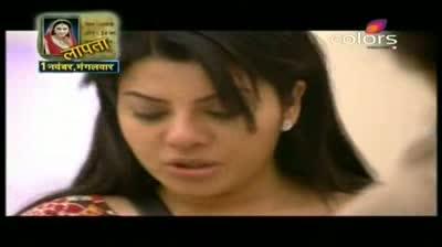 Bigg Boss 5 - Shradhha celebrates her birthday (30-October-2011)