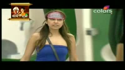 Bigg Boss 5 - Pooja Missra asked to nominate new Captain Part 1