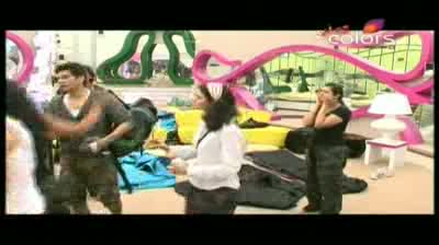 Bigg Boss 5 - Akashdeep and Mahek have a huge show-down Part 4