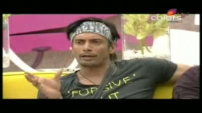 Bigg Boss 5 - The house votes on the new captain, Shraddha versus Pooja Missra (4-November-2011)