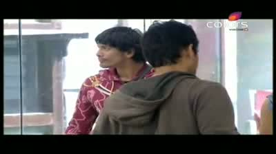 Bigg Boss 5 - Missra in a Joker avataar (9-November-2011)