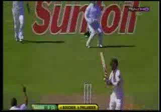 Australia all out for 47 vs South Africa,1st Test-2011