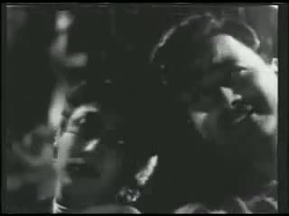 Rafi And Lata - Dheere Dheere Chal Chaand Gagan Mein - Love Marriage [1959]