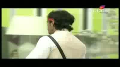 Bigg Boss 5 - Missra finally sent to jail by Sky (16-November-2011)