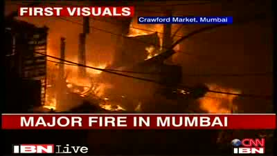 Mumbai - fire in local market, many shops gutted