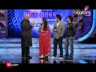 Sunny Leone does Ooh lala with Vidya Balan! Bigg Boss Season 5