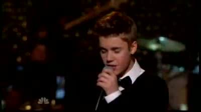 Justin Bieber - Mistletoe - Live on A Michael Buble Christmas