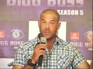 Andrew Symonds Sings Munni Badnaam Hui Before Entering Bigg Boss House