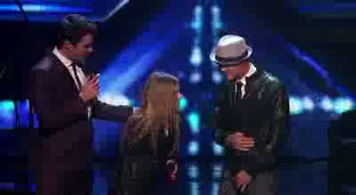 Chris Rene and Avril Lavigne - Finale Night 1 -Duet - THE X FACTOR USA 2011