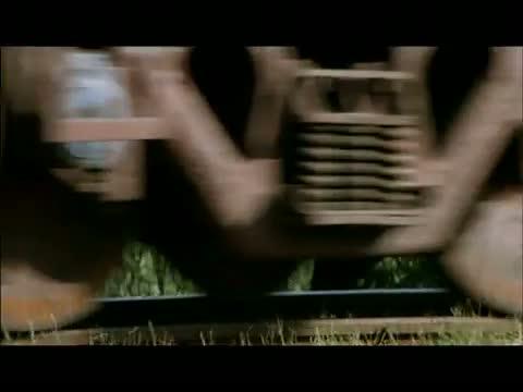 Mahi Gill Hot Scene in Dev D