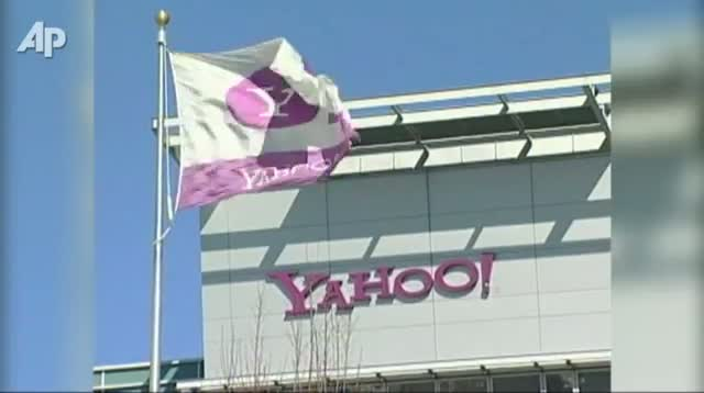 Yahoo Co-founder Jerry Yang Leaving Company