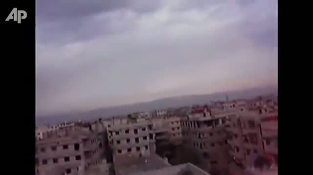 Raw Video - Fighting Goes on in Damascus Suburbs