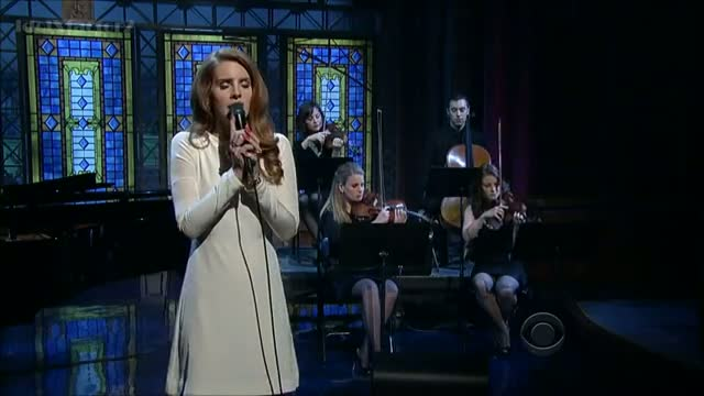 Lana Del Rey - Video Games - (HD) David Letterman 02-02-12
