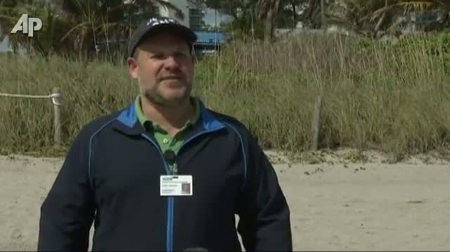 Bacteria Keep Swimmers Off Some Fla. Beaches