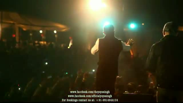 Yo Yo Honey Singh and Mafia Mundeer Live performing in Noida @ Tech Mahindra Live Part - 3
