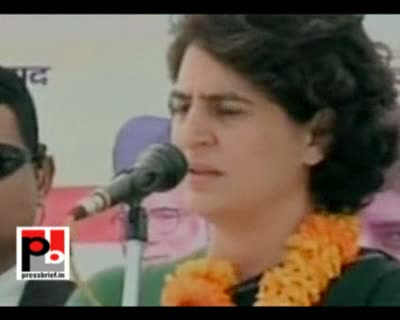Priyanka Gandhi Vadra in Bhawanigarh, 4 Feb. 2012