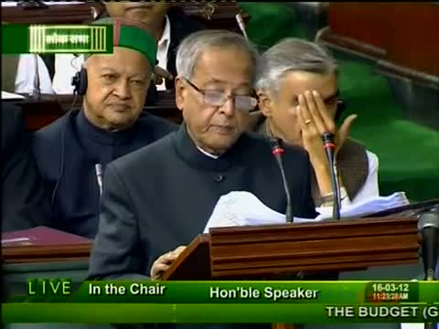 Trying for FDI consensus in retail, says Pranab