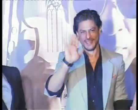 Shahrukh Khan to flaunt his 6 packs abs again