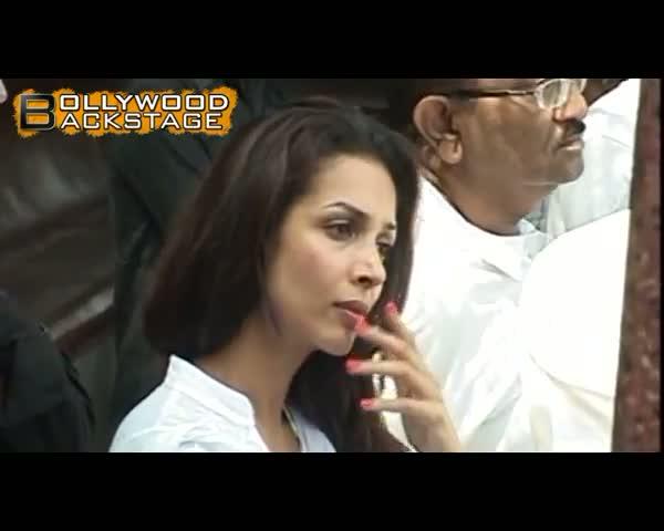Celebrities attend Mona Kapoor's FUNERAL video