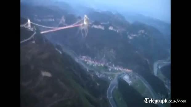 Chinese build record breaking bridge video