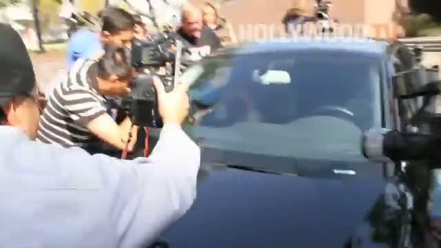 Amanda Bynes hides her face after DUI arrest!