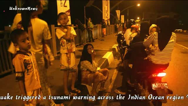 Indonesia issues tsunami warning after 8.9 quake 4/11/2012