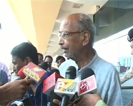 Mediator B D Sharma reaches Raipur for talks