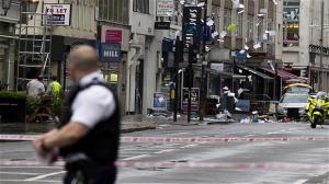 'Hostage Incident' At Tottenham Court Road