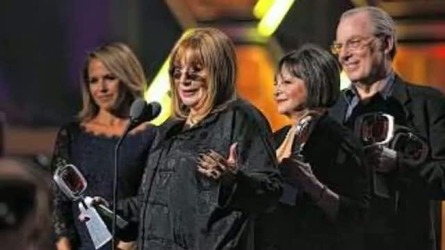 Kelly Ripa To Host TV Land Awards video