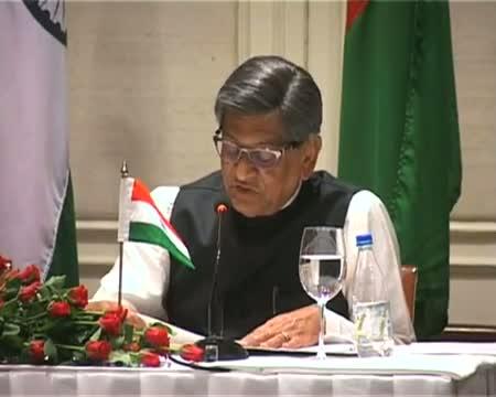 India assures Bangladesh of fair play on water sharing