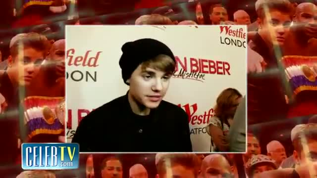 Justin Bieber Joins Floyd Mayweather in Ring at Cotto Fight
