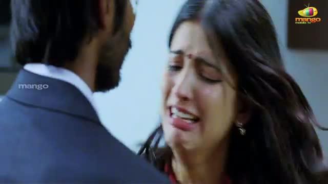 Watch Shruti Hassan Slapping Dhanush 3 Movie Scenes Video