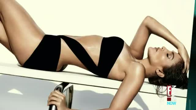 Jennifer Lopez Rocks Revealing Swimsuits