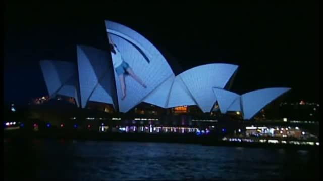Light Show Transforms Sydney Opera House