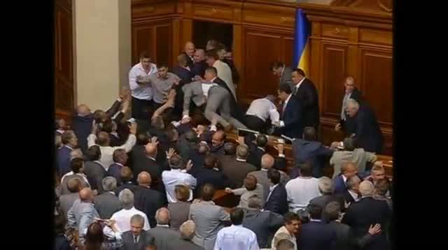 Raw Video - Fight Erupts in Ukrainian Parliament